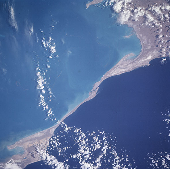 Zaliv Kara Bogaz-Gol, Eastern coast of the Caspian Sea (NASA)